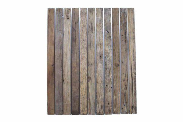 Außenbretter und -bohlen von alten Eichenbalken und -brettern, Altholz mit original alter Oberseite