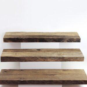 Treppenstufen mit original alten Oberflächen